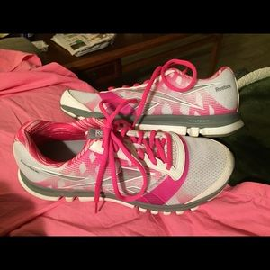 Reebok Shoes - Size 9.5 Reebok Sublite Duo Breast Cancer Shoes 2743458e5